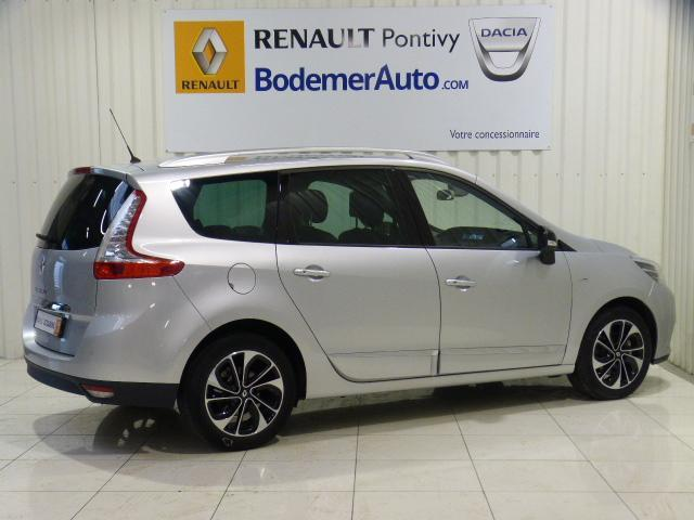 voiture occasion renault grand scenic iii dci 130 energy bose edition 7 pl 2015 diesel 56300. Black Bedroom Furniture Sets. Home Design Ideas