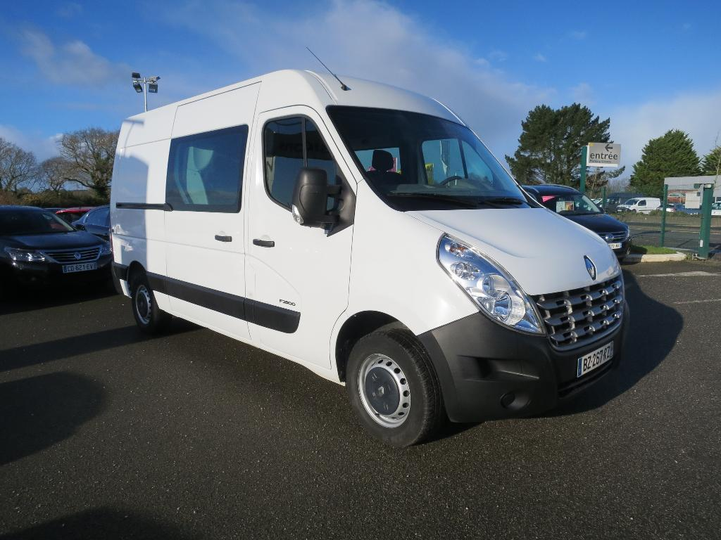 voiture occasion renault master cabine approfondie l2h2 2 3 dci 100 confort 2011 diesel. Black Bedroom Furniture Sets. Home Design Ideas
