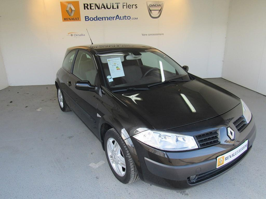 voiture occasion renault megane coup 1 5 dci 80 confort expression 2003 diesel 61100 flers orne. Black Bedroom Furniture Sets. Home Design Ideas