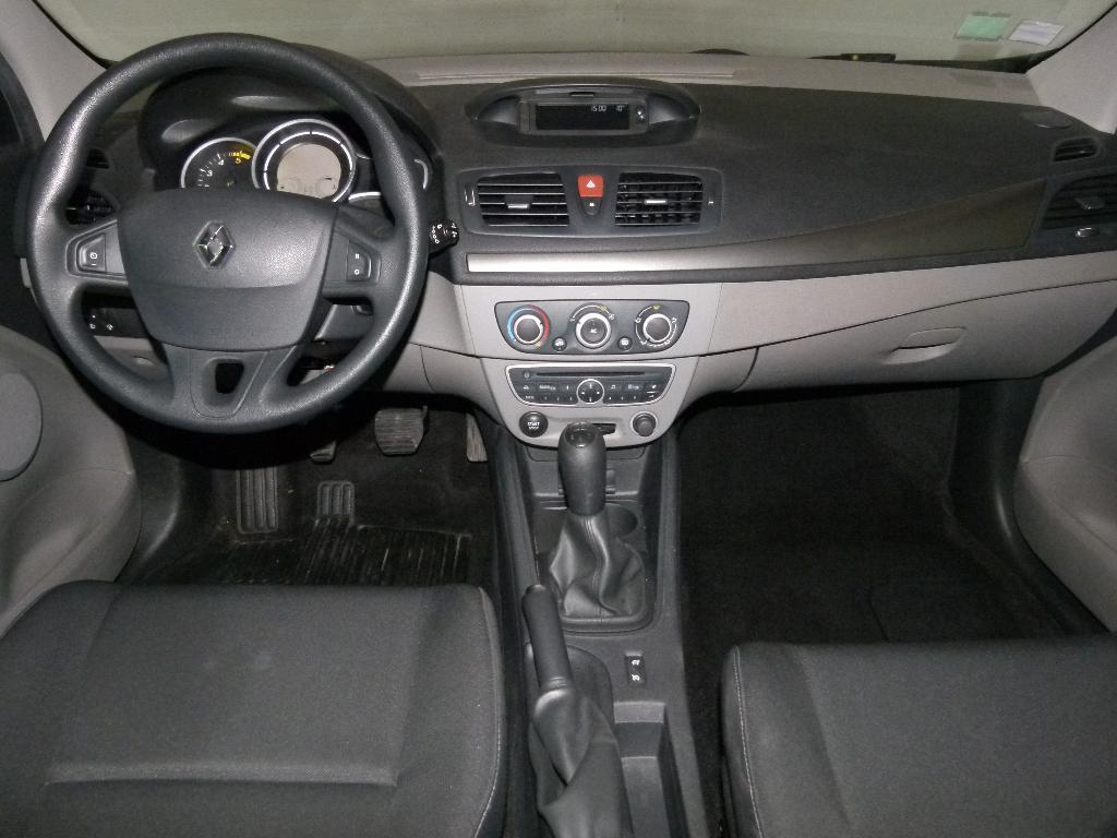 voiture occasion renault megane iii dci 90 fap eco2 authentique euro 5 2010 diesel 29600 morlaix. Black Bedroom Furniture Sets. Home Design Ideas
