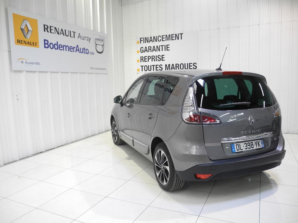 voiture occasion renault scenic iii dci 110 energy fap eco2 bose 2014 diesel 56400 auray. Black Bedroom Furniture Sets. Home Design Ideas
