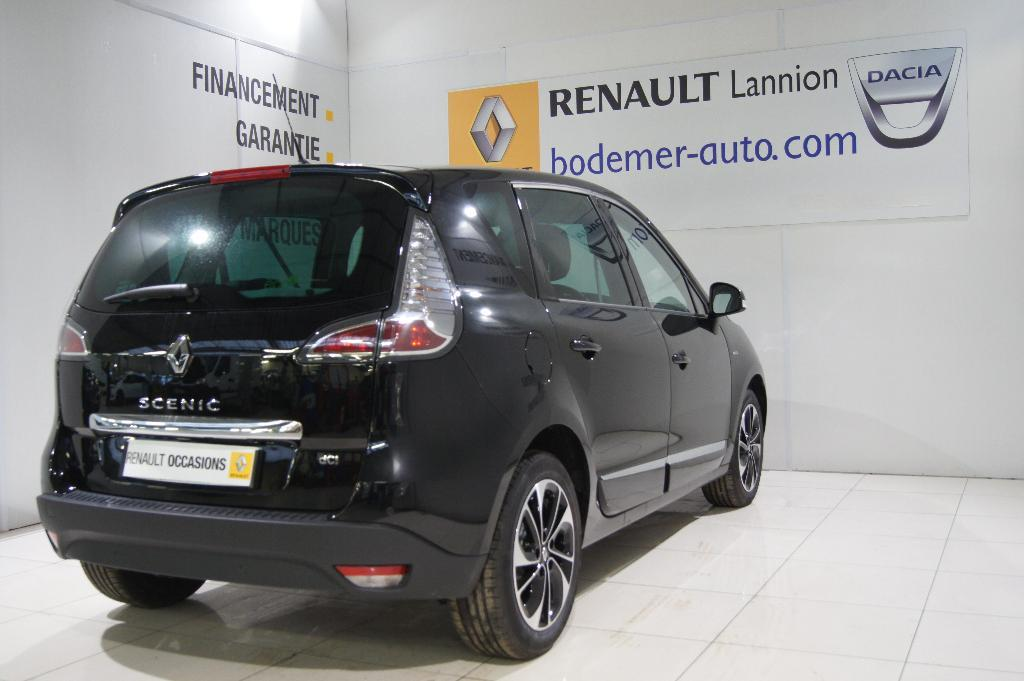 voiture occasion renault scenic iii dci 130 energy bose edition 2015 diesel 22300 lannion c tes. Black Bedroom Furniture Sets. Home Design Ideas