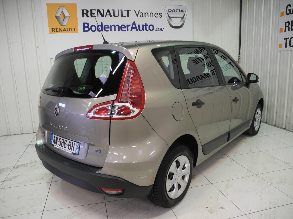 voiture occasion renault scenic iii dci 85 eco2 authentique 2010 diesel 56000 vannes morbihan. Black Bedroom Furniture Sets. Home Design Ideas