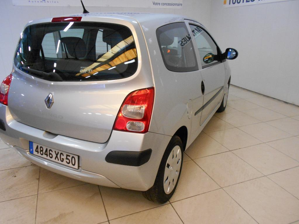 voiture occasion renault twingo ii 1 5 dci 65 expression. Black Bedroom Furniture Sets. Home Design Ideas
