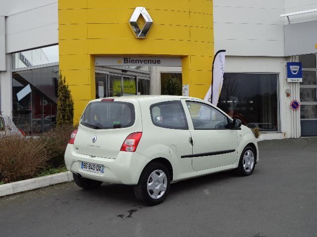 voiture occasion renault twingo ii 1 5 dci 75 eco2. Black Bedroom Furniture Sets. Home Design Ideas