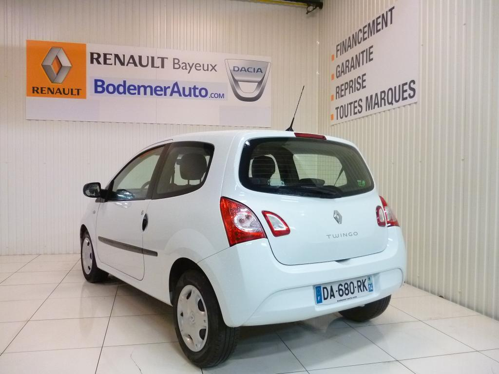 voiture occasion renault twingo ii 1 5 dci 75 eco2 life 2013 diesel 14400 bayeux calvados. Black Bedroom Furniture Sets. Home Design Ideas