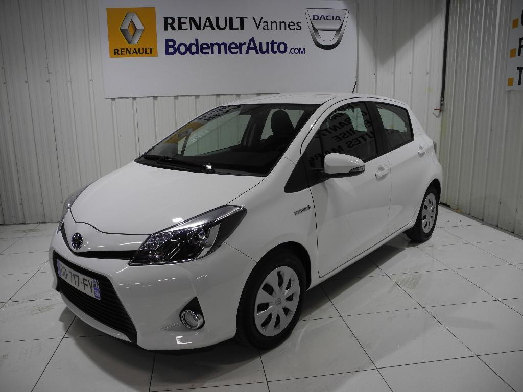 voiture occasion toyota yaris 100h dynamic 2014 essence 56000 vannes morbihan votreautofacile. Black Bedroom Furniture Sets. Home Design Ideas