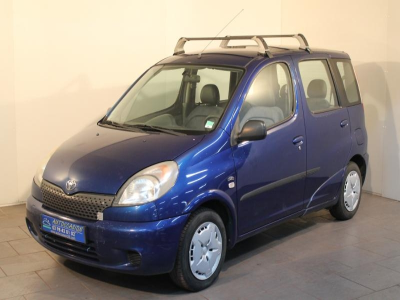 Voiture occasion toyota yaris 75 d4d terra 2003 diesel for Garage toyota voiture d occasion